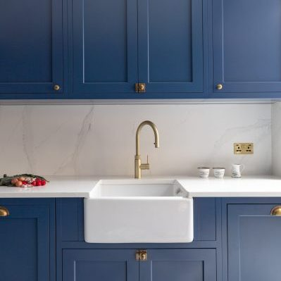 Blue Shaker Kitchen with Belafst Sink