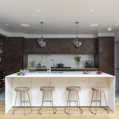 Bronze Kitchen with Neolithe Estatuario